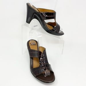 Sofft Brown Patent Leather Sandals Heels Size 8
